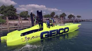 On the Edge: High-Speed Boat Racing