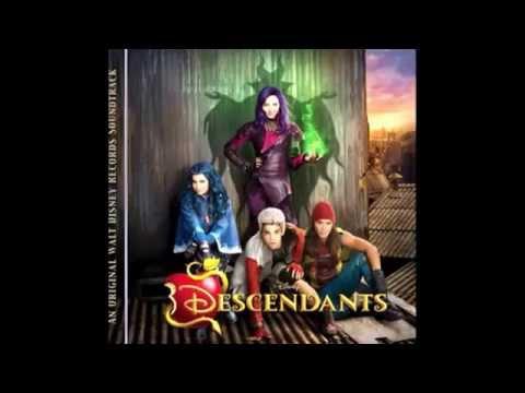 Dove Cameron, Sofia Carson, BooBoo Stewart & Cameron Boyce - Rotten To The Core - Disney Descendants