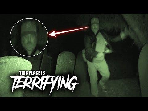 (DAVE RAN IN FEAR) HAUNTED GRAVEYARD AFTER DARK!