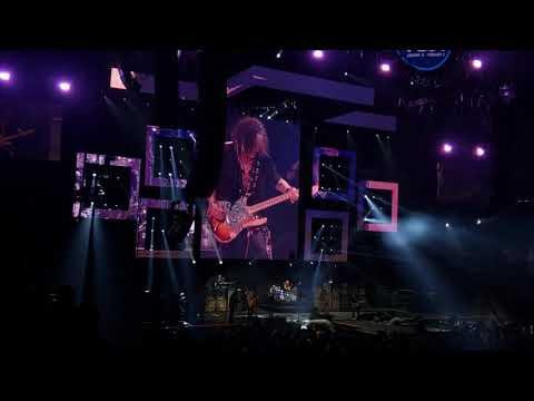 Gary Cee - Here is Aerosmith's Setlist from Friday Night