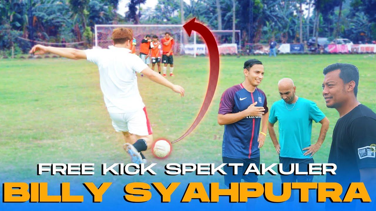 SPEKTAKULER FREE KICK CHANGELLE ALA BILLY SYAHPUTRA   !!!