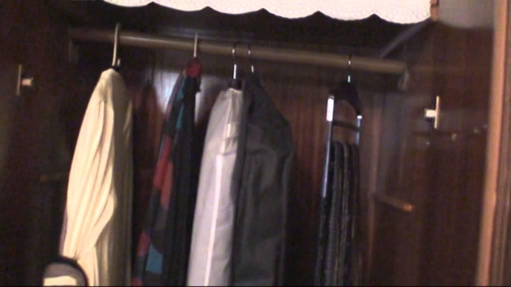 f344b120c3081  بيتى مملكتى - ترتيب دولاب الملابس (58) - YouTube