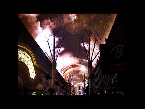 2019 May 5 Viva Vision Light Show at Fremont Experience in Las Vegas  The Killers sing Mr  Brightsid