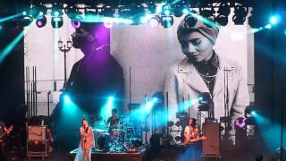 Yuna - Crush (Live at Neon Lights 2016)