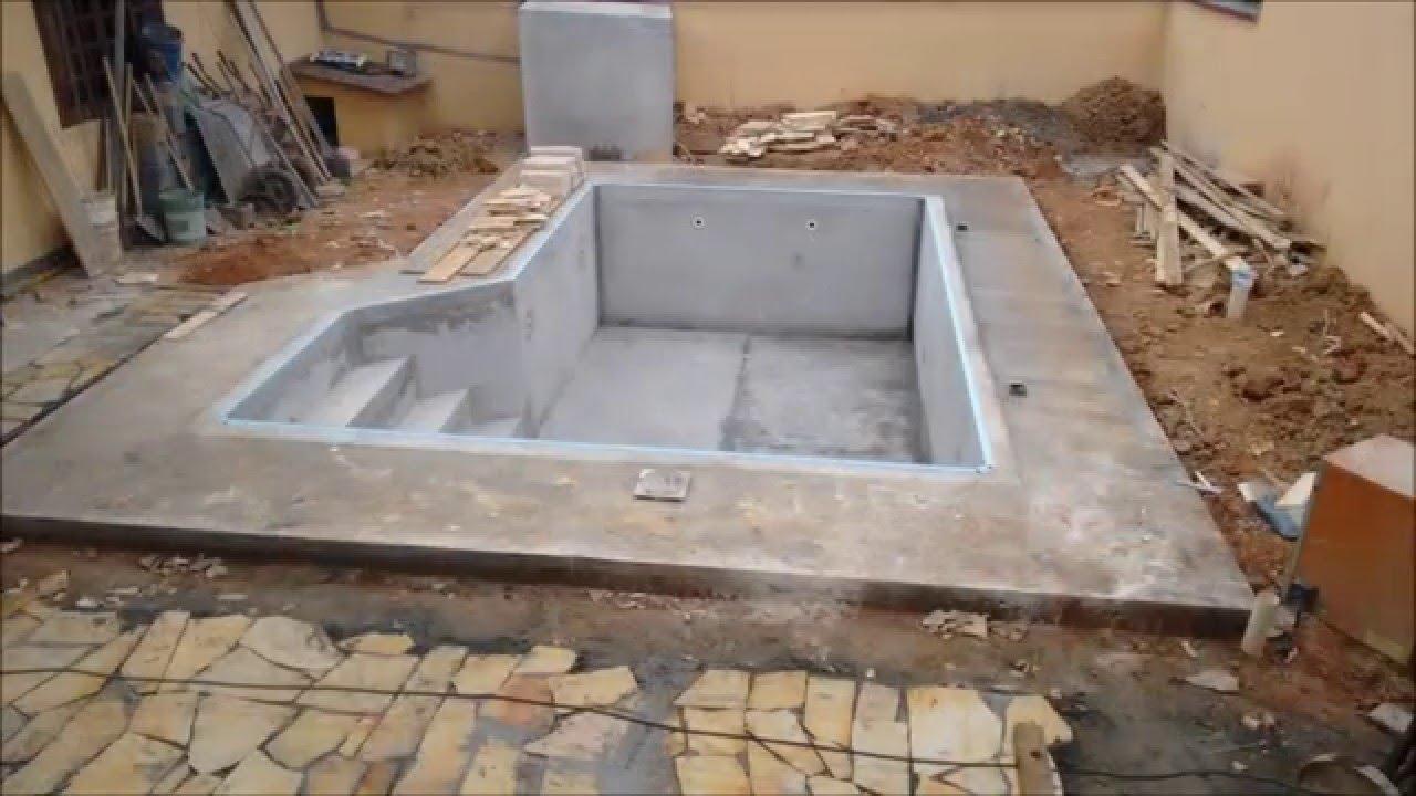 Constru o de piscina de vinil youtube for Como construir una piscina pdf