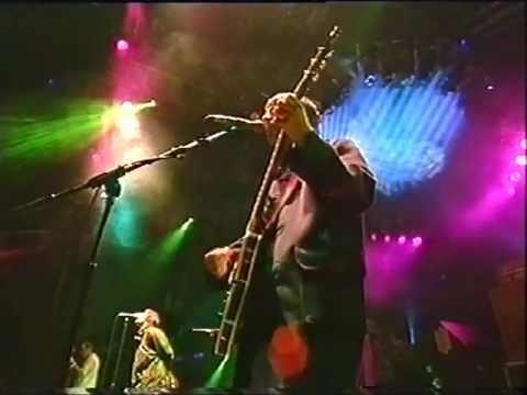 Oasis - Slide Away (live -Glastonbury '95)