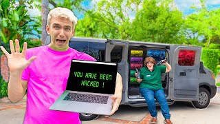MYSTERY NEIGHBOR GOES UNDERCOVER to HACK SHARE THE LOVE MERCH STORE!! (Stephen Sharer Cries)