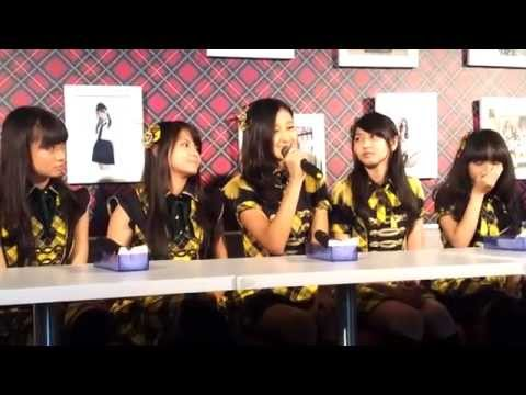 JKT48 in Singapore - Interview (030312)