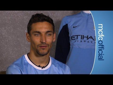 EXCLUSIVE: Jesus Navas Signs for City