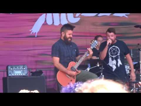 "Silverstein - ""Smile In Your Sleep"" (Live in San Diego 8-5-17)"