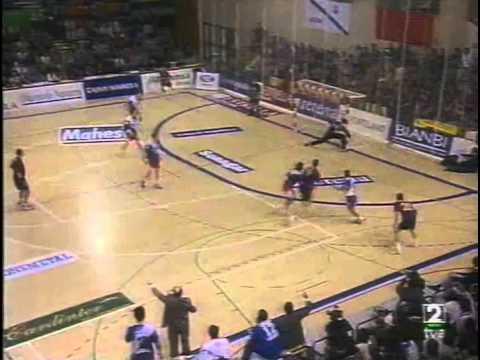 Liga de Campeones 2000/01 - San Antonio vs Barcelona - Final IDA (Pamplona)