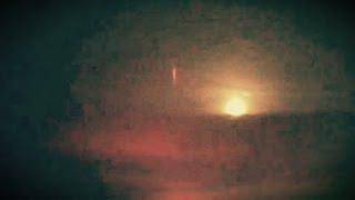 جسم غريب في سماء وهران (الجزائر) !!!! لن تصدق ما سوف تراه سبحان الله العظيم  HD !!!!! oran UFO