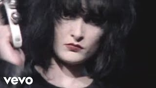 Siouxsie And The Banshees - (Official Music Video)