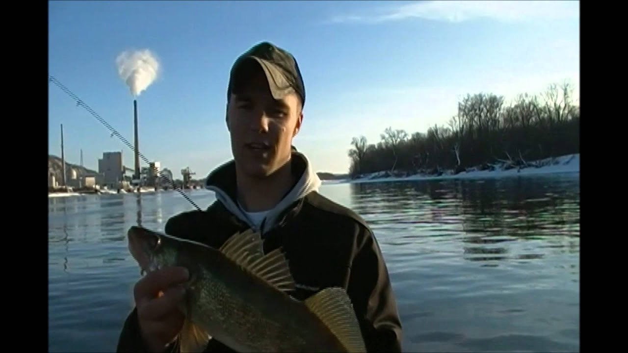 Mississippi river fishing pool 6 7 8 youtube for Pool 4 mississippi river fishing report