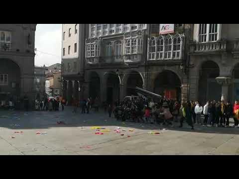 Xoves de comadres na Praza Maior de Ourense