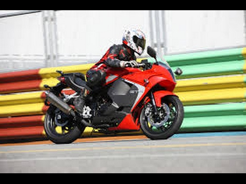 New Model 2017 Benelli Tornado 302 Spotted Bike In India Youtube