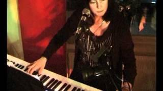 Annika o Raimo spelar på Brännebrona Gästis nyårsafton 2010 film 1