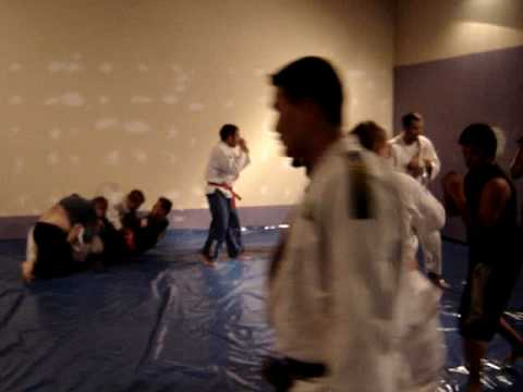 Morganti Ju-Jitsu no Canada (Dojo estava em reforma)