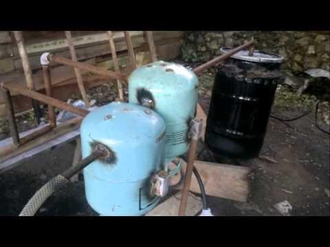 2014 Pengolahan Sampah Plastik Jadi Minyak / Processing of plastic waste into oil