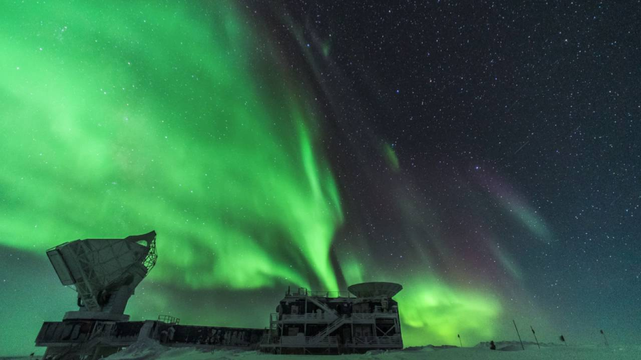 Auroras over antarctica youtube auroras over antarctica publicscrutiny Image collections