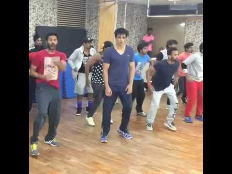 Sonu Sood & Prabhu Deva Dancing On
