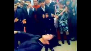 УЗБЕКИ ЗАЖИГАЮТ .лезгинка на узбекской свадьбе.mp4