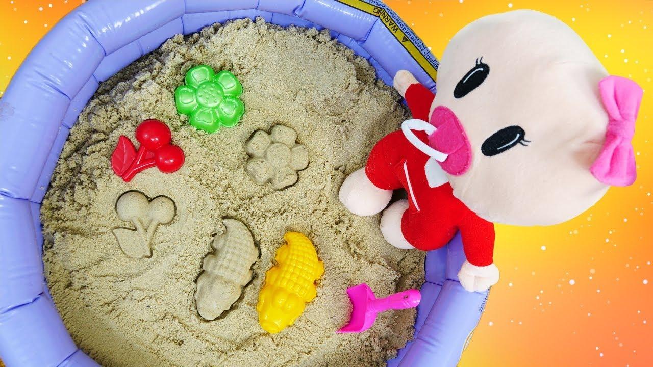 Download Pepee. Pepee Bebe ile evdeki kum havuzunu kuruyorlar. Evcilik oyunları