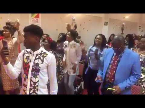 Sandra Mbuyi - Journée d'adoration à Manchester