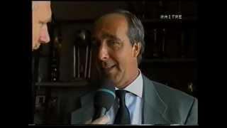 La presentazione di Giampiero Ventura, nuovo allenatore del Lecce, il 19 aprile 1995