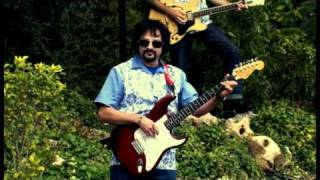 """The Magnificats Videoclip """"Zorongo Surf"""""""