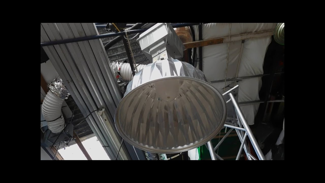 Ge 400w metal halide highbay clean up youtube ge 400w metal halide highbay clean up arubaitofo Images