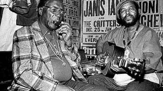 Sonny Terry & Brownie McGee - Midnight Special