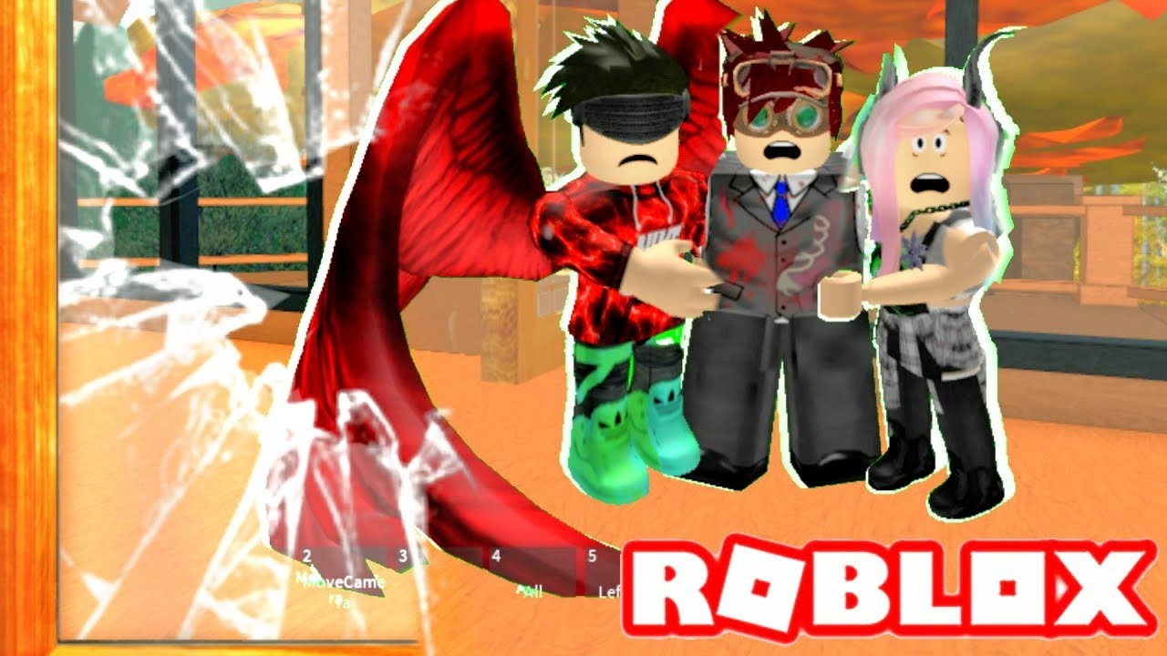 SOMEONE BROKE INTO OUR HOUSE!! | Roblox Roleplay | Villain ...