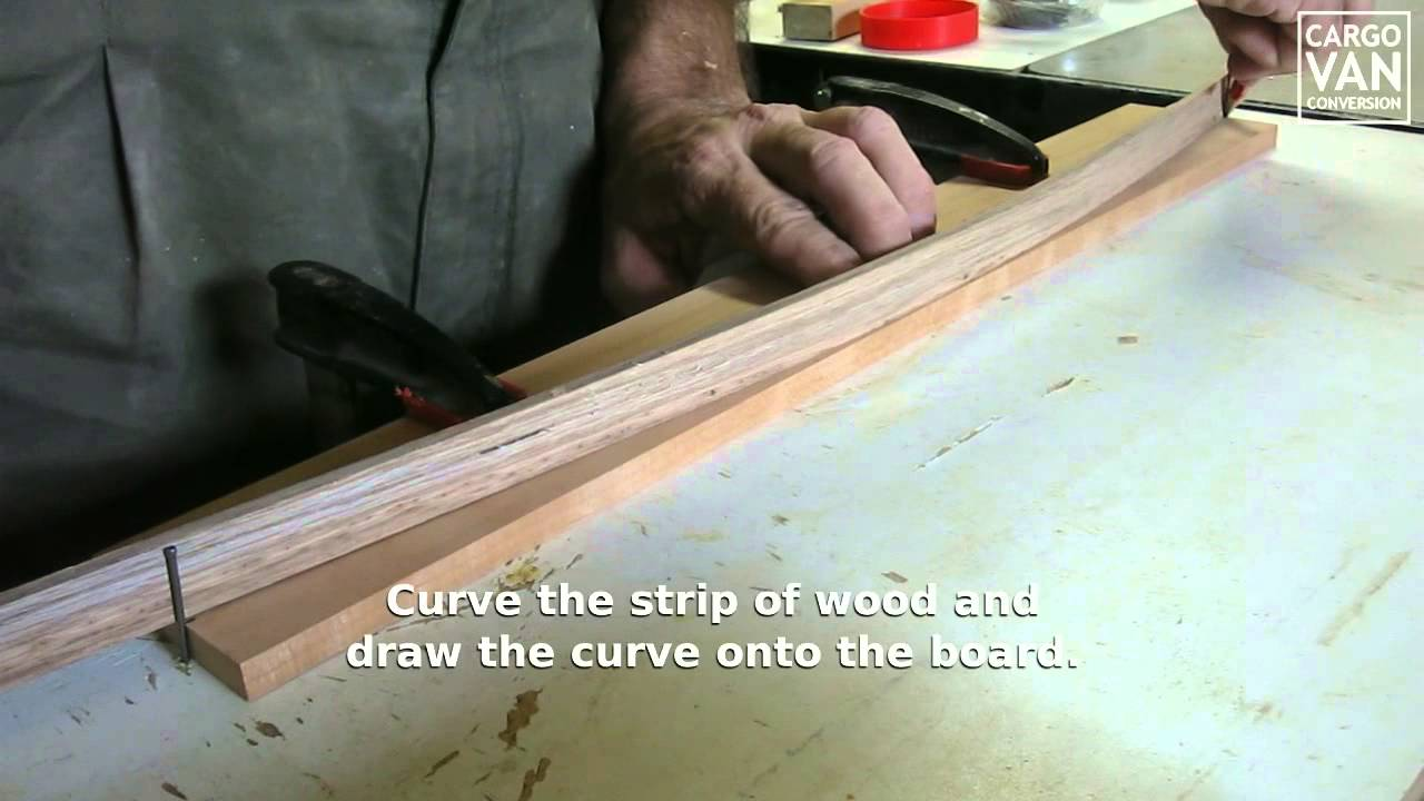 how to cut out a curve in wood