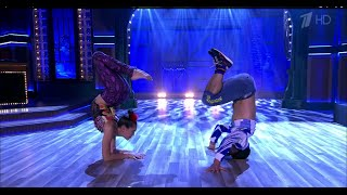 Вечерний Ургант. Цирковой номер от труппы Cirque Eloize (03.10.2014)