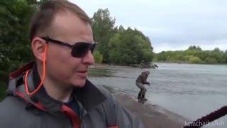 Рыбалка на Камчатке видео - ловля кижуча на реке Еловка