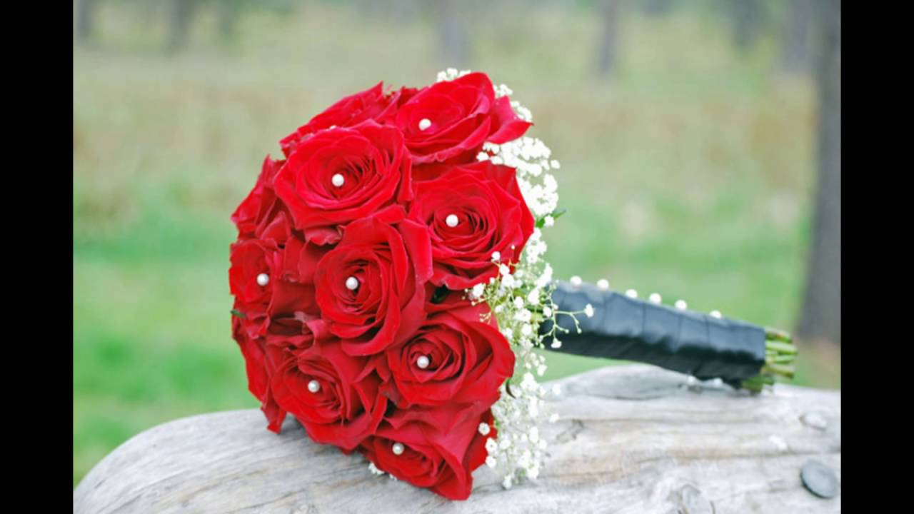 white and red rose bridesmaid bouquets - Red Garden Rose Bouquet