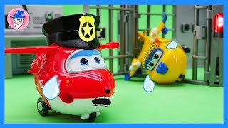 Car toys goes to the police station. Rescue friends and new episodes of Car toys