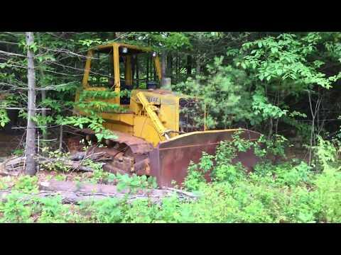 Abandoned John Deere 750B Bulldozer
