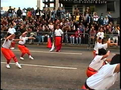 Thanksgiving Day Parade (2001) Part 1/2