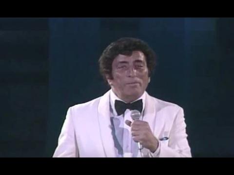 "Tony Bennett - ""It Had To Be You"" (1983) - MDA Telethon"