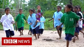 How the pandemic broขght a remote village its first school