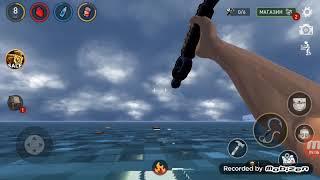 Наглая акула ест мой плод в игре рафт