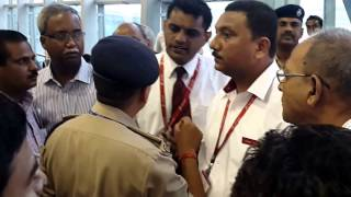 Spicejet flight delay caused spicey clash between passengers, CISF, Spicey staffs