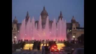 Поющие фонтаны Барселоны(Поющие фонтаны Барселоны -, расположенны на холме Монжуик в Барселоне (Испания). Потрясающее зрелище,настоя..., 2015-07-29T16:00:00.000Z)