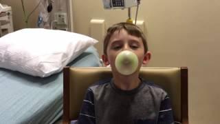Blowing Bubbles with bubblegum! @Douglas's World