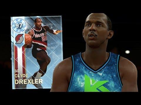 DIAMOND CLYDE DREXLER GAMEPLAY!! BEST REWARD CARD! (NBA 2K18 MYTEAM)