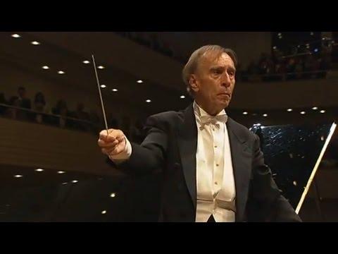 Beethoven - Piano Concerto No. 3 (Brendel, Abbado)
