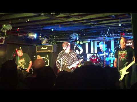STIFF LITTLE FINGERS - GOTTA GETAWAY Mp3