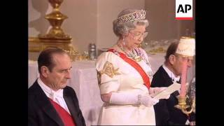 UK: LONDON: FRENCH PRESIDENT CHIRAC AT STATE BANQUET